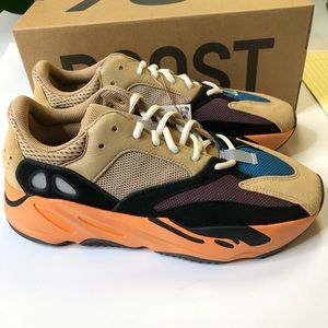 Yeezy Boost 700 EnFlame Amber Men Size 10 Sneakers